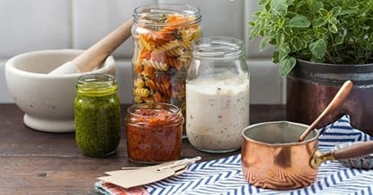Aegg glass jars for pasta and sauces