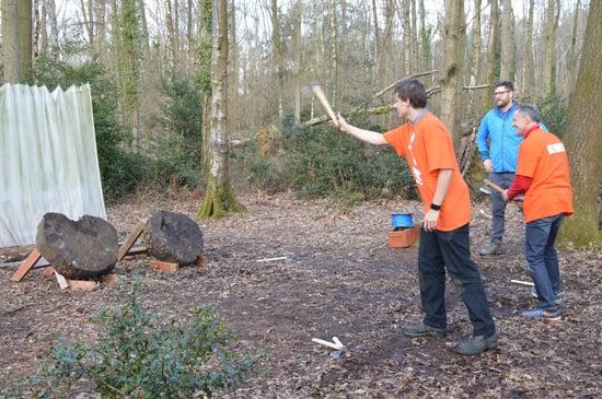 Mat axe throwing