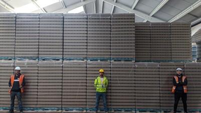 supply chain management at Aeggs logistics warehouse